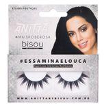 anitta-essaminaelouca-bisou-cilios-posticos