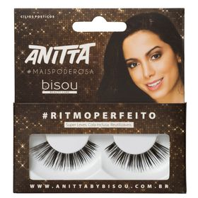 anitta-ritmoperfeito-bisou-cilios-posticos