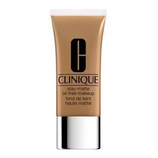 Stay-Matte-Oil-Free-Makeup-Clinique---Base-Facial