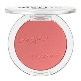 blush-essence-matt-touch