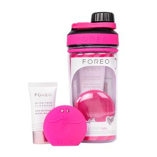 foreo-luna-fofo-picture-perfect-kit-luna-fofo-micro-foam-cleanser
