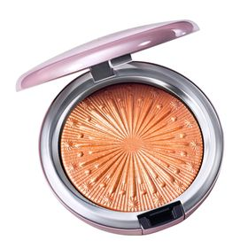 po-iluminador-mac-extra-dimension-skinfinish-flare-for-the-dramatic