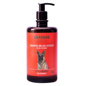 granado-shampoo-para-pets-brilho-intenso-para-pelos-escuros